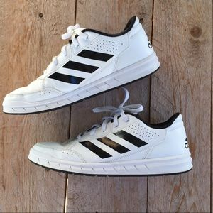 Adidas Altasport trainer sneakers sz 6Youths